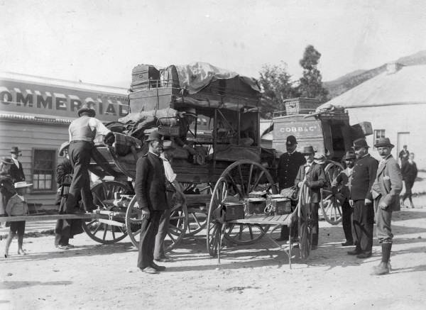 The last Central Otago gold escort as it changed horses in Roxburgh, before it headed for Dunedin.