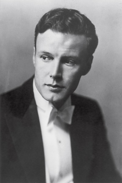 Jean's brother John (her senior by six years) became a reputable actor of stage and screen, starring in movies of the 1930s and 40s.