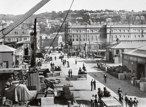 Wellington's wharves, including Queen's Wharf, were the focus for the city in 1913.