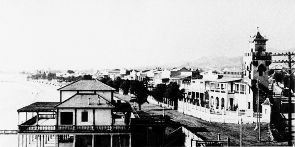 Benicassim was the site of an International Brigade hospital where New Zealander Bernard Gray was treated. He later worked for the hospital as a motorcycle courier.