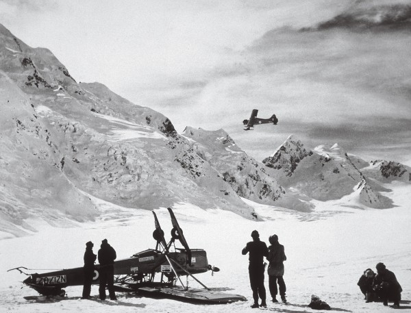 Landing a plane on ice was, and still is, a risky business. Hillary and his party, including Derek Wright and Murray Ellis arrived at the South Pole on three converted tractors on 4 January, 1948