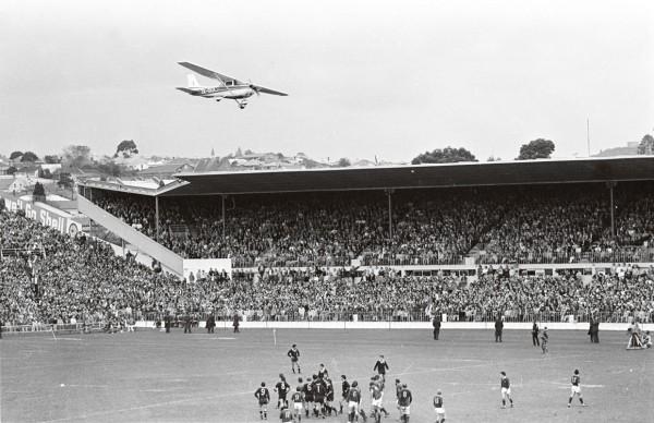 Marx Jones flies a Cessna aircraft low over Eden Park in an attempt to stop the All Blacks v Springboks third and final rugby test match.