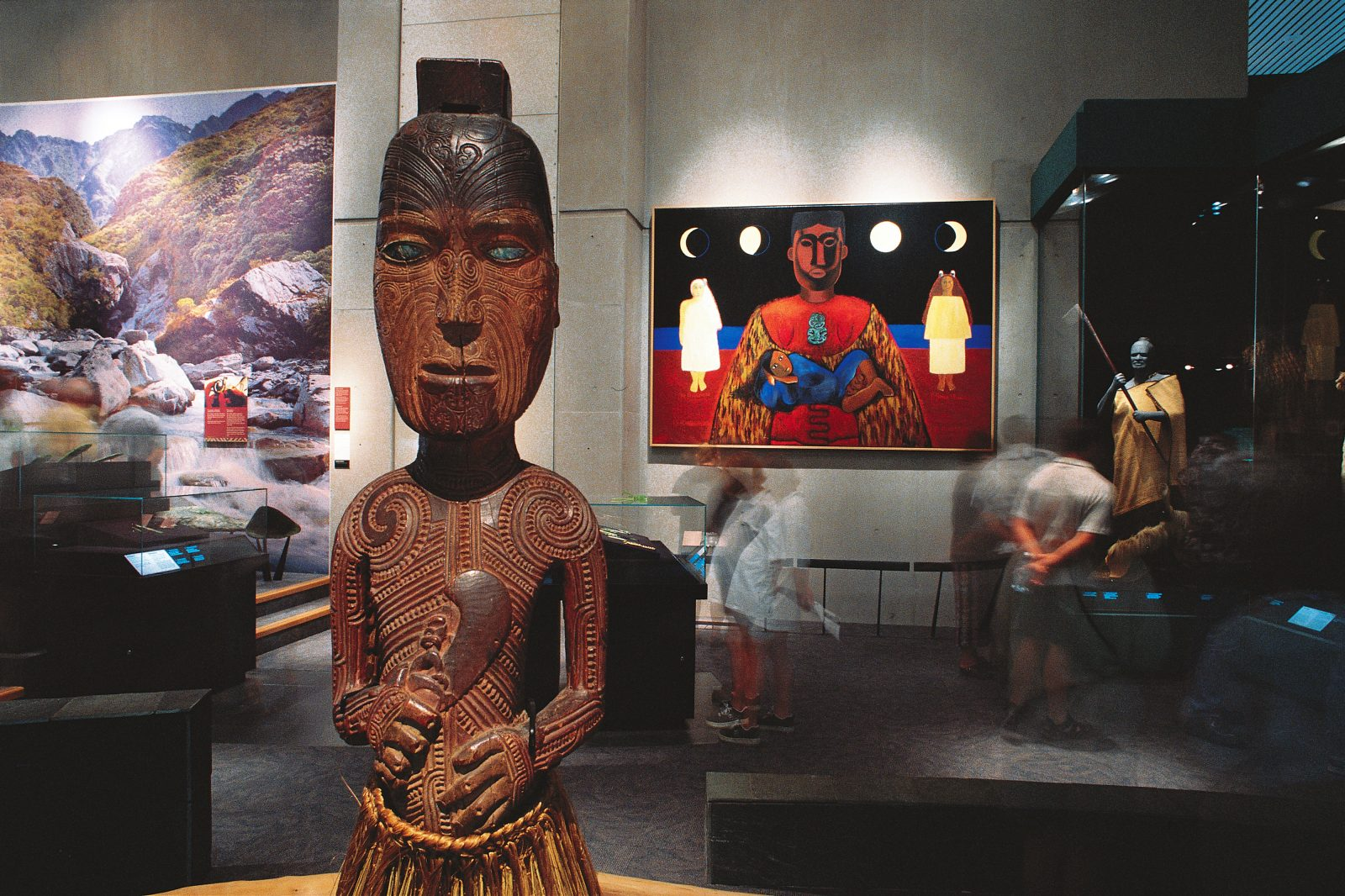 Images rich in significance greet the visitor in Mana Whenua, Te Papa's display of traditional Maori culture. A carved ancestral figure, a painting symbolising the protection of pregnant women, a cloaked chief and a photomural of the Arahura River, source of greenstone, are among the offerings.