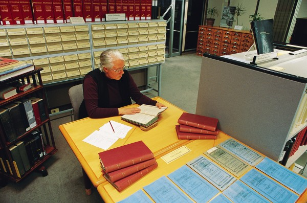 One of only a few editors in the country fluent in written Maori, Angela Ballara pores over early copies of the Ratana periodical Te Whetu Marama (The Shining Star) at the Alexander Turnbull Library. Documentary verification of oral accounts provided by Maori families isn't always easy to come by, and Maori newspapers are valuable source. Of the 591 essays in volume four, 78 are on Maori subjects, 22 by Ballara herself.