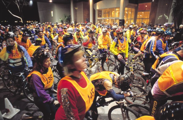 On a busy summer weekend, 1000 bikers may ride the 30 km of trails here, and as many turn up for the annual midwinter Moonride which sees teams racing through the forest until daylight (or exhaustion) overtakes them.