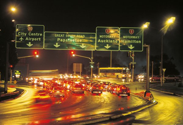 At the busy Manukau Interchange, Great South Road draws alongside the motorway which has replaced it as Auckland's southern artery. Manukau City, established as a 1960s new town on the site of a colonial army redoubt, is famous for its shopping centre and theme park. Mere screaming distance from the traffic queues, riders of the Rainbow's End rollercoaster (below) plunge earthwards from a height of 27 metres into a 360-degree loop before taking a teeth-rattling double corkscrew—the only ride of its kind in New Zealand.